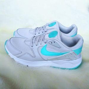 Nike LD Victory Womens Sneakers